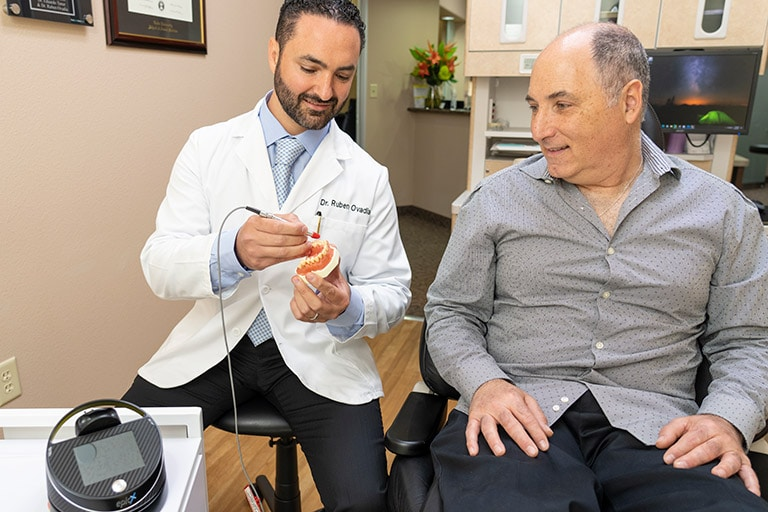 Knowledgeable doctors  in Greater Dallas Dental Implants & Periodontics